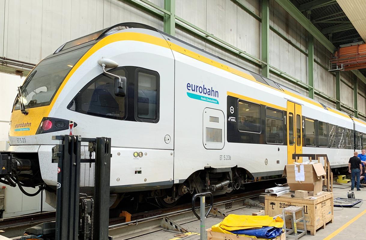 Modernisation project successfully completed - 44 FLIRT multiple units was handed over to the lessee Keolis© Alpha Trains / Keolis